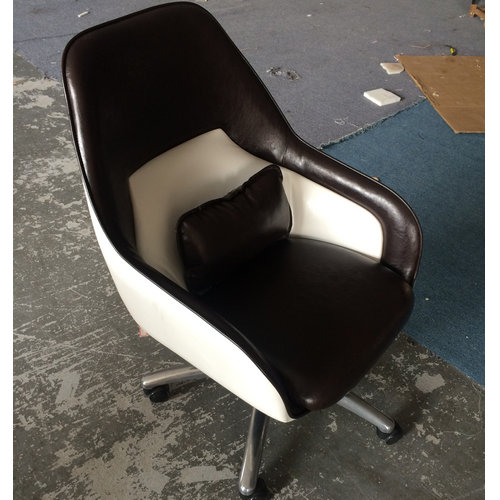 Stylish Leather Rolling Chair Living Room Stool. Patented Gas Lever.  Adjustable Height. Omni Directional Wheels. Chrome Base. Comfortable Seat.  Recline: No