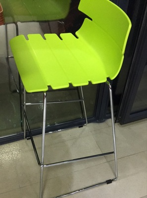 China Factory High Quality Metal Bar Stools Pp Seating